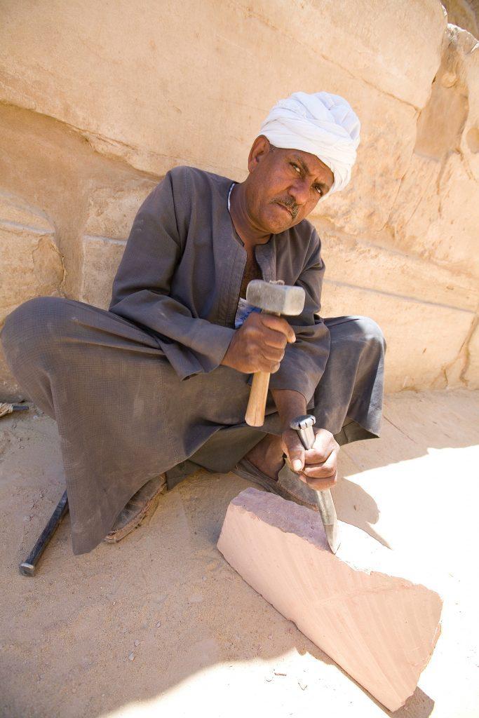 lavoratore a Karnak