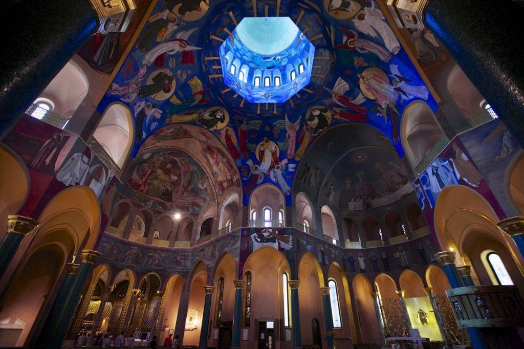 interno della Basilica di Santa Rita da Cascia